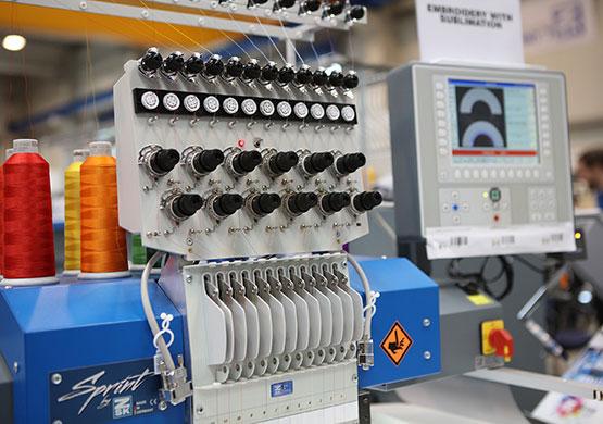 ZSK Stickmaschinen – Sublimation und Stickerei