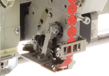 Optionale Erweiterungen für ZSK Stickmaschinen - Pailletten Einrichtungen