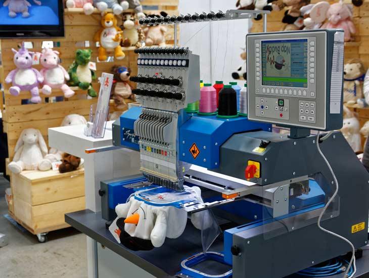 SPRINT 6 - ZSK Einkopf-Stickmaschine mit 12 Nadeln